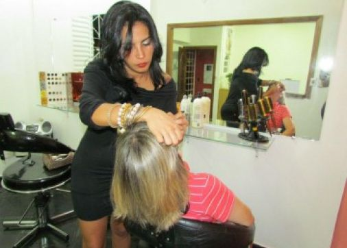 Vel Fashion Hair/ Institute